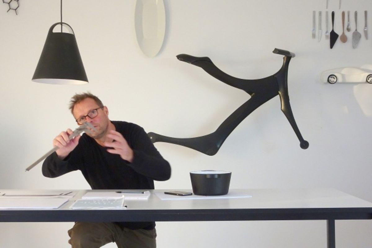 Portræt af Mads Odgård: Tilbage til papir og blyant
