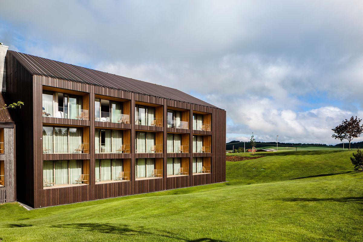 Femstjernet hotel med specialdesignede møbler fra Brunner