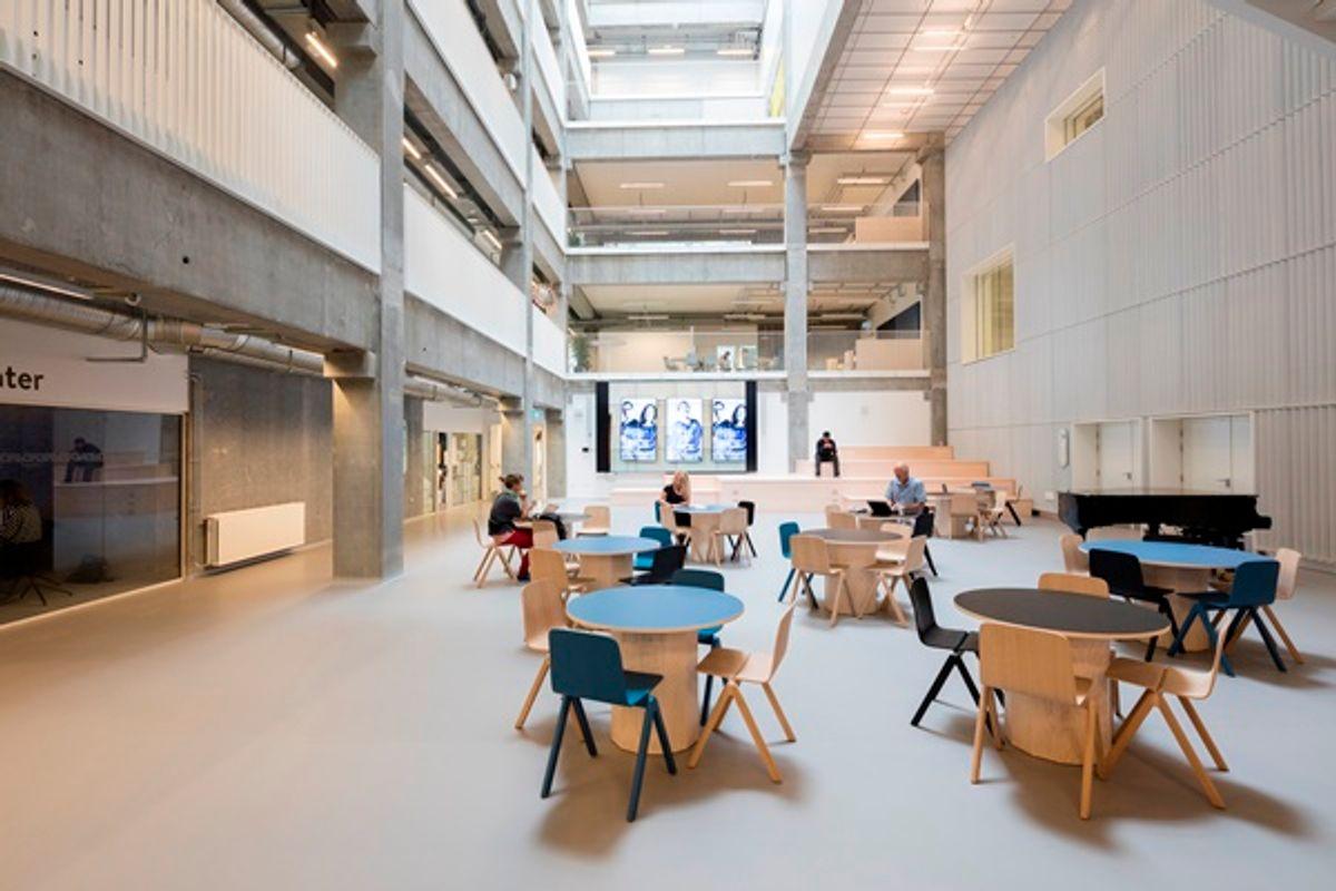 """JJW Arkitekter: Kunsten at """"lande et hus"""" med dets mennesker"""
