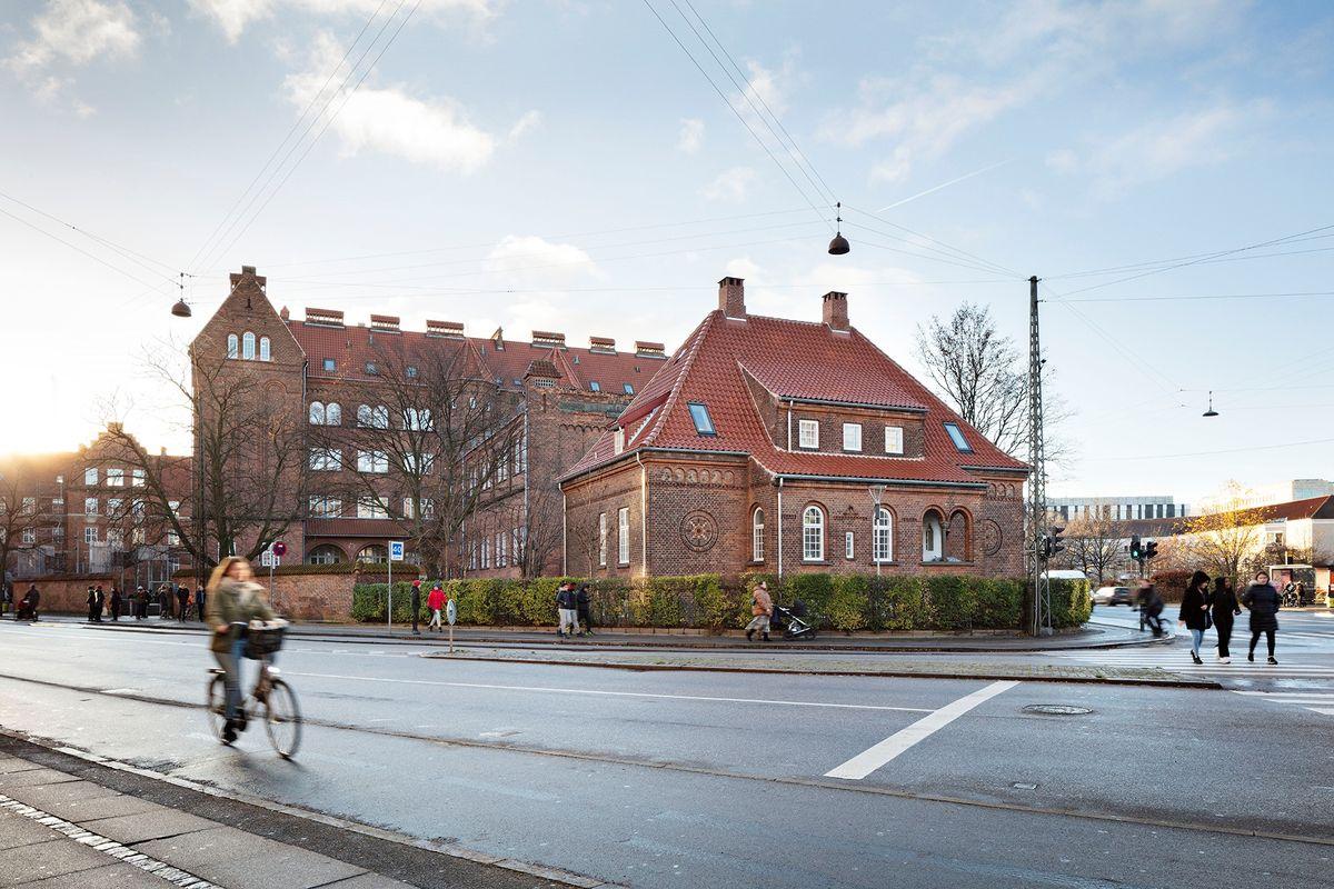 Nøhr & Sigsgaard fører over 100 år gammel skole frem til nutiden