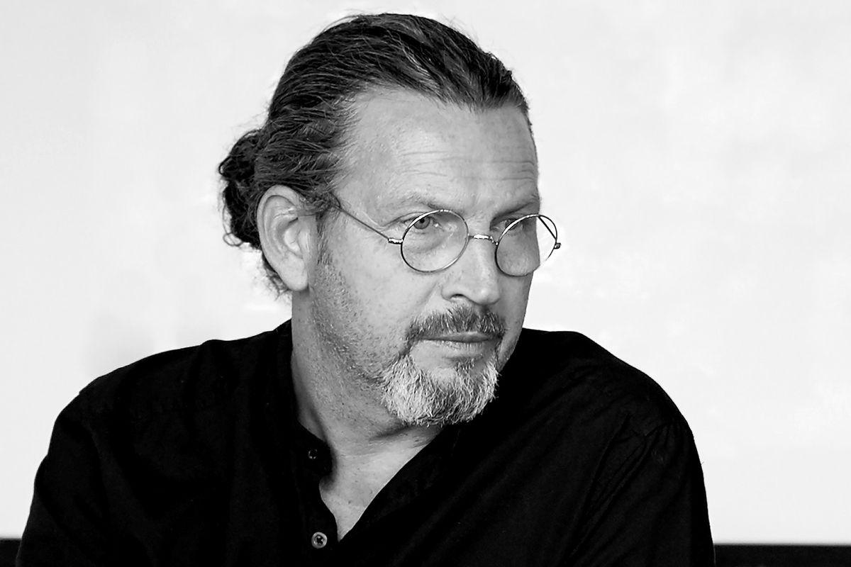 Johan Lindau fra Blå Station designer møbler til fremtidens behov