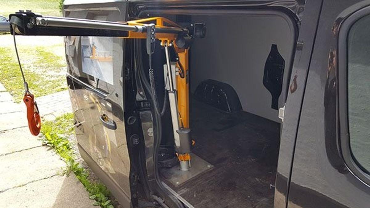 Asp Produktudvikling: Knap-on kran med elektrisk udskud, 350 kg