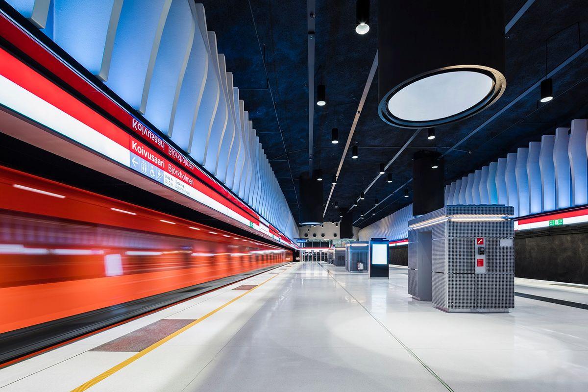 Innovativt lysdesign i metroen i Helsinki af VALOA design
