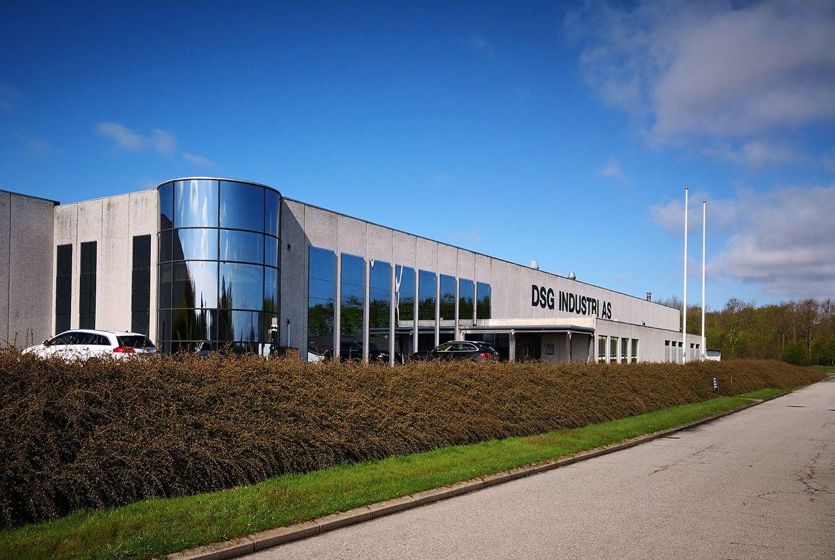 DSG Industri leverer hærdet og lamineret glas med garanti mod delaminering