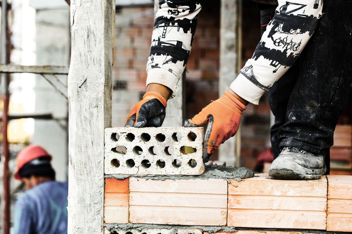 DAKOFA: Der er vækstmuligheder i byggeriet, men er der materialer nok?
