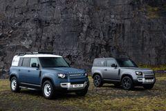 Land Rover Defender trækker i arbejdstøjet