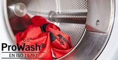 Ny kollektion af arbejdstøj klarer også en industrivask
