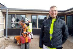 Tømrersvend i 27 år: Mere og mere montør – men stadig stolt