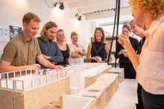 Det danske bidrag til arkitekturbiennalen belyser vand som fænomen