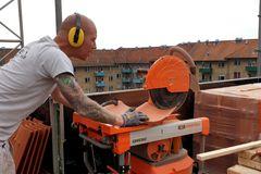 Test af iQMS362 Dust Control Masonry Saw: En støvfri og støjsvag hjælpende hånd til murerne