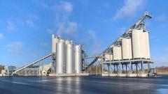 Dansk asfaltkoncern har bygget en af landets mest miljøvenlige fabrikker