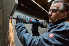 Bosch lancerer nye ligeslibere med 18 V-batteri til professionelle