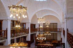 Historie og moderne indretning forenet i retsbygning