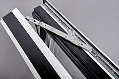 Specialkonstruerede klimavinduer sikrer arkitektonisk stilfuldhed