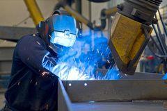 Hos CSK Stålindustri er sikkerhed og bæredygtighed en selvfølgelighed