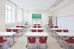 Lyddæmpende og komfortable gulve til uddannelsesinstitutioner