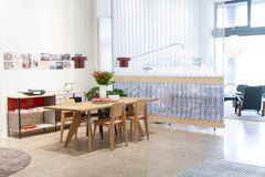 Vitra inviterer indenfor til nyt showroom i Pakhus 48