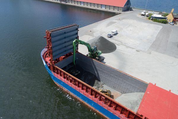 Det lokale shipping-firma Krinak kan assistere Femern-byggeriet bredt