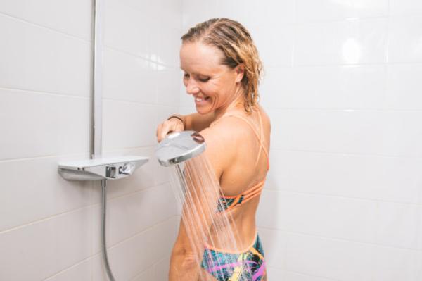 Triatlet Kaisa Sali: Varm- og koldvandsterapi stimulerer, afslapper og hjælper på restitutionen