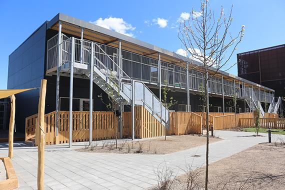 Ajos' pavillonafdeling skaber moderne børneinstitution