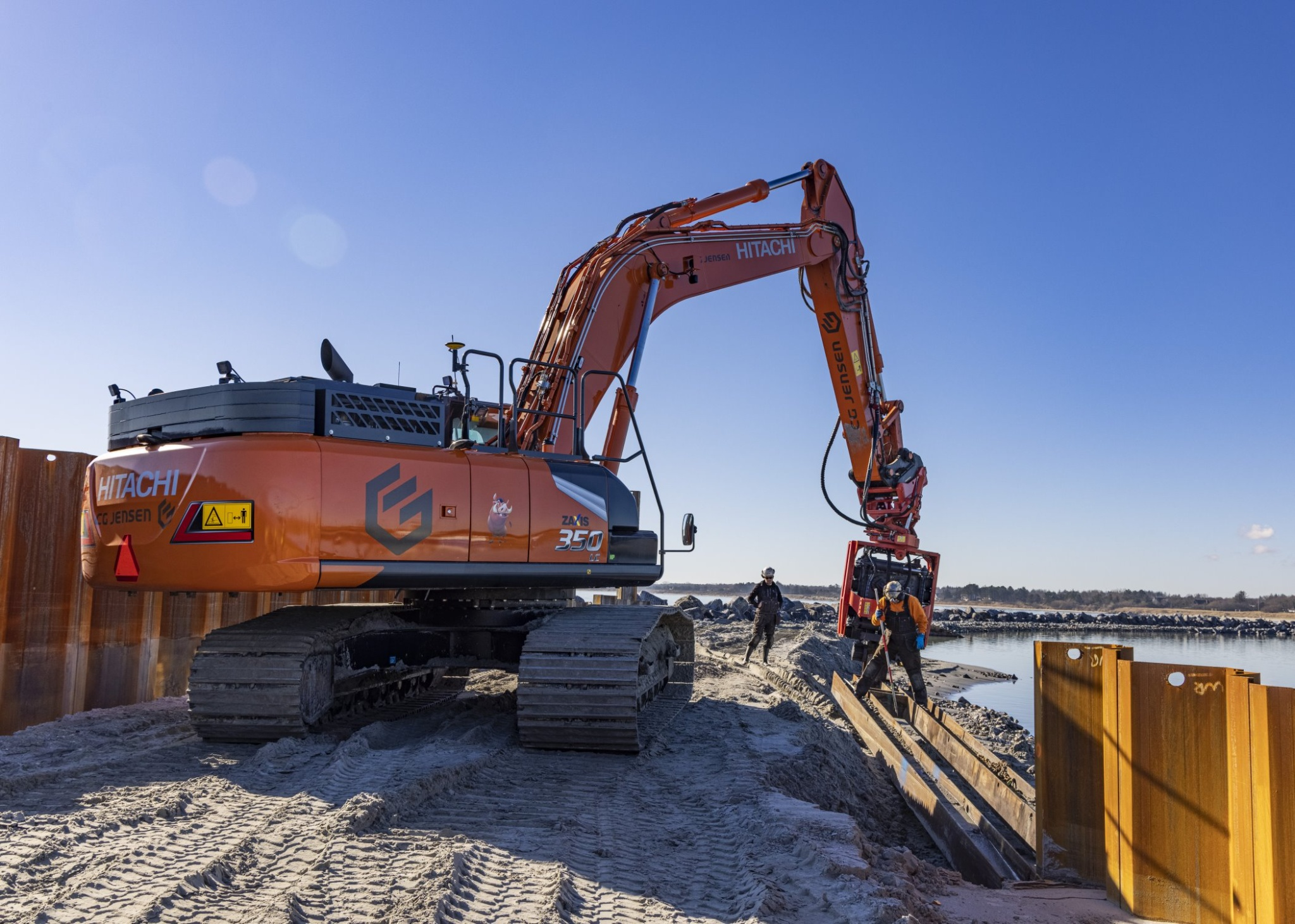 Stor havneudvidelse kræver maskinkraft med stærke vibrationer