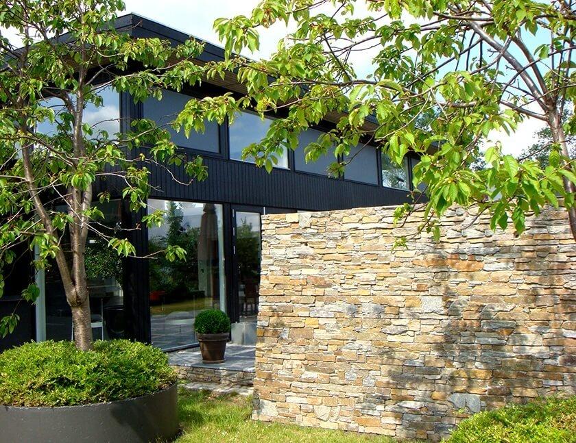 Stonepanel spillede en afgørende rolle ved renoveringen af en kontorbygning