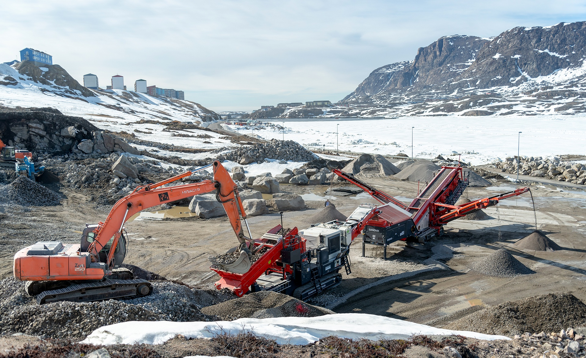 Stærk erfaring sikrer succes med entreprenørmaskiner til Grønland