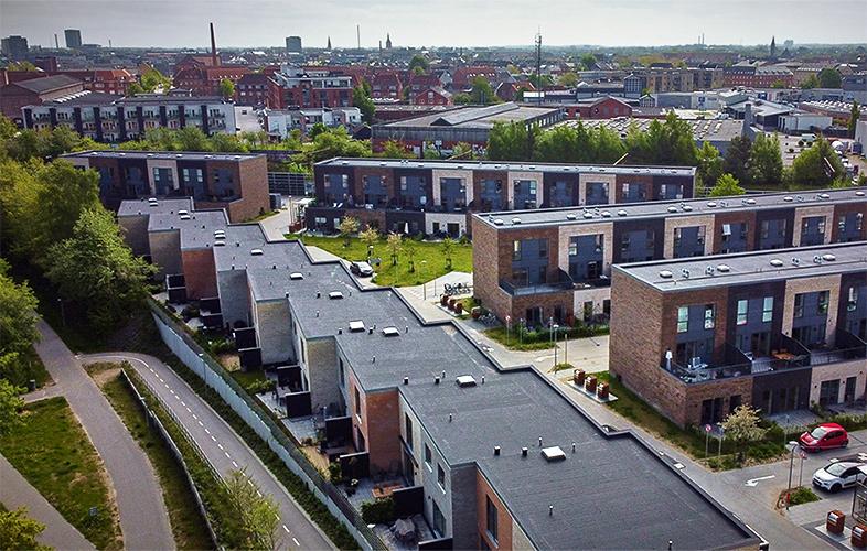 Tæt samarbejde med Danhaus om badeværelser til unikke rækkehuse i ny Odense-bydel