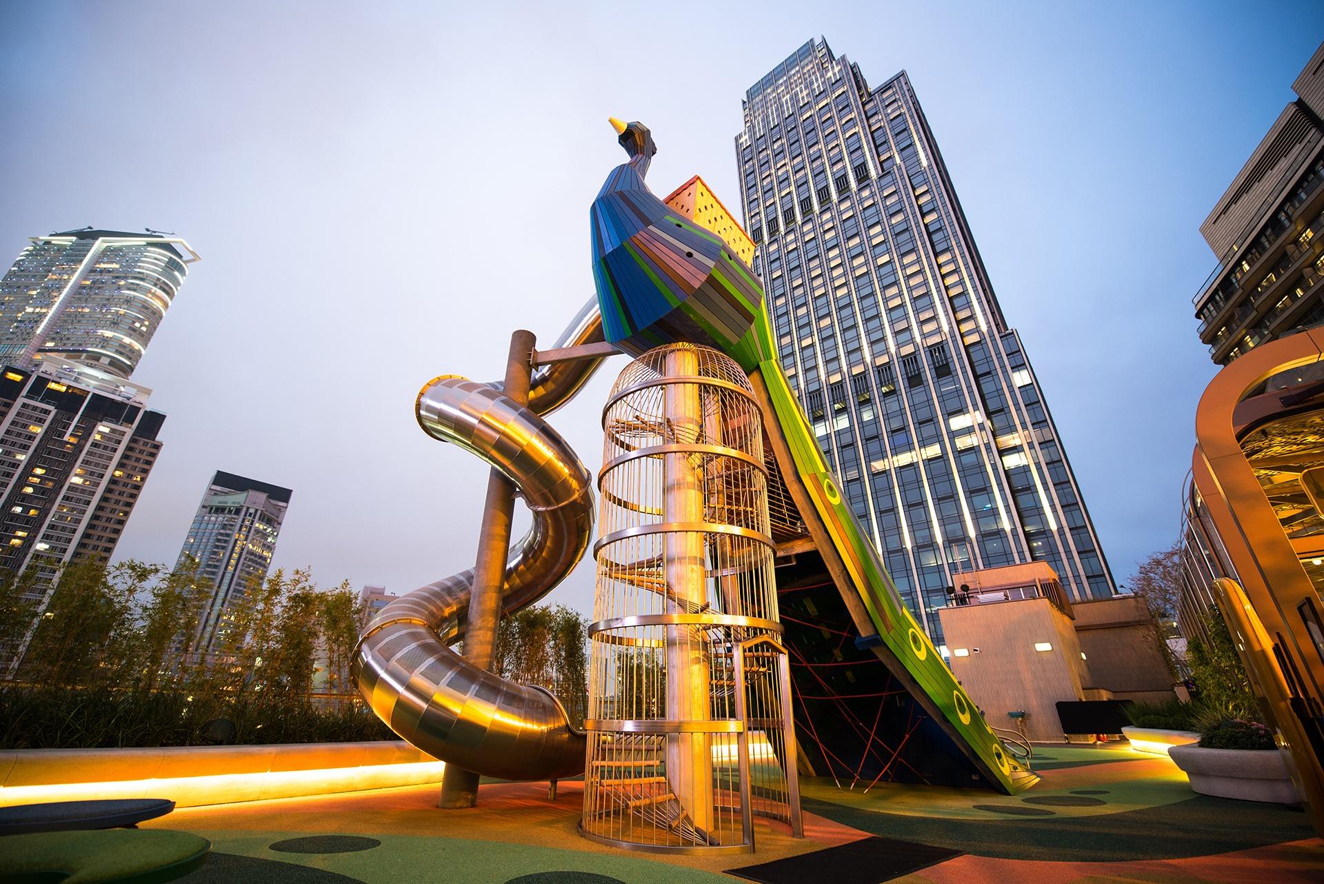 3_Peacock_K11 Musea_MONSTRUM_fantastic_playgrounds