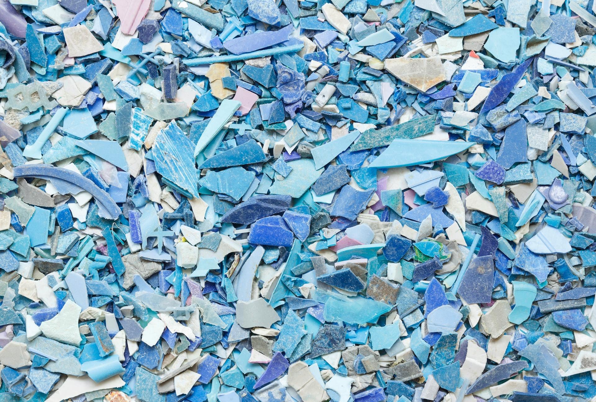 Blue_Shredded_PVC-1920