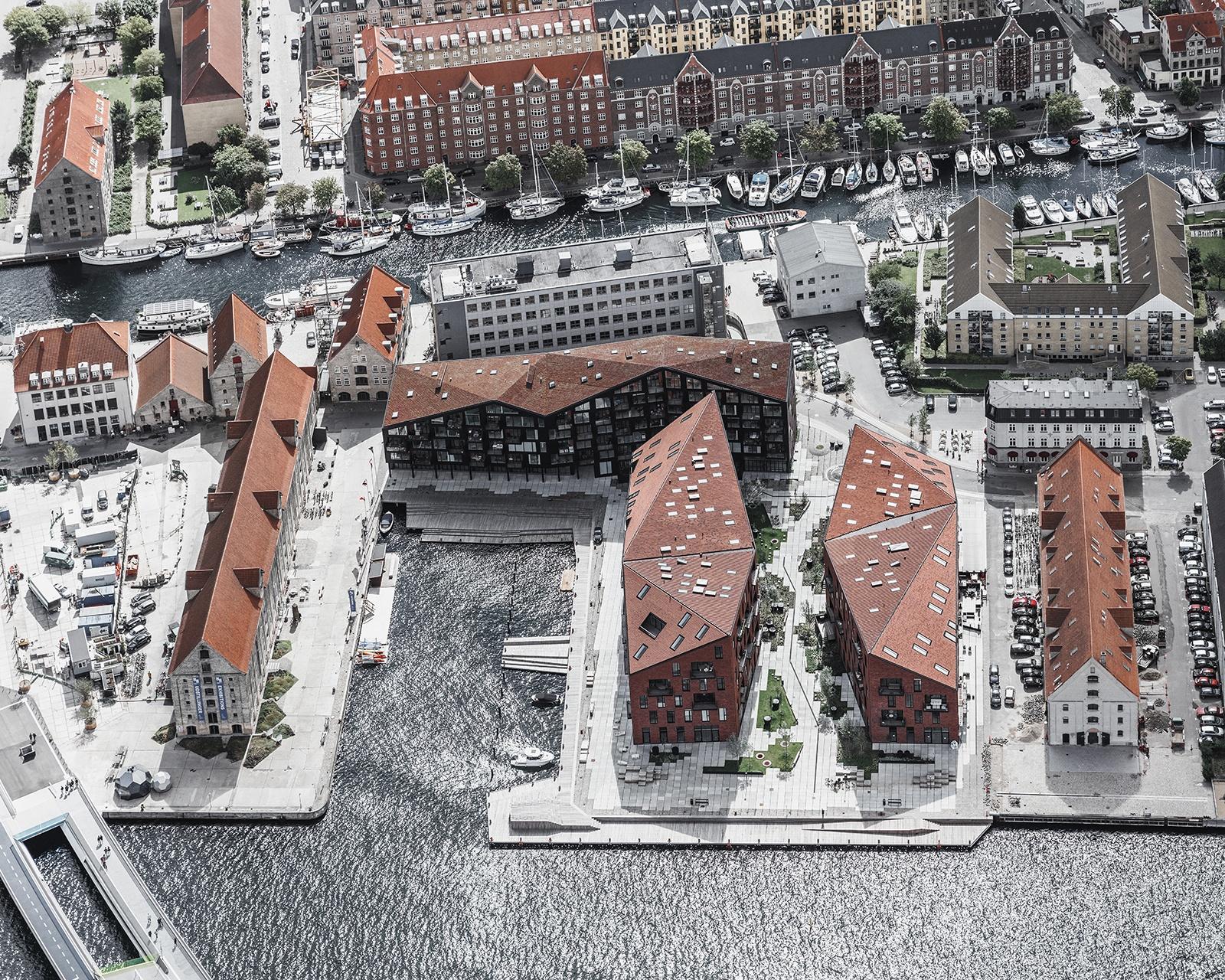 1 Rasmus Hjortshoj - Kroyers Plads PRINT-100-1600