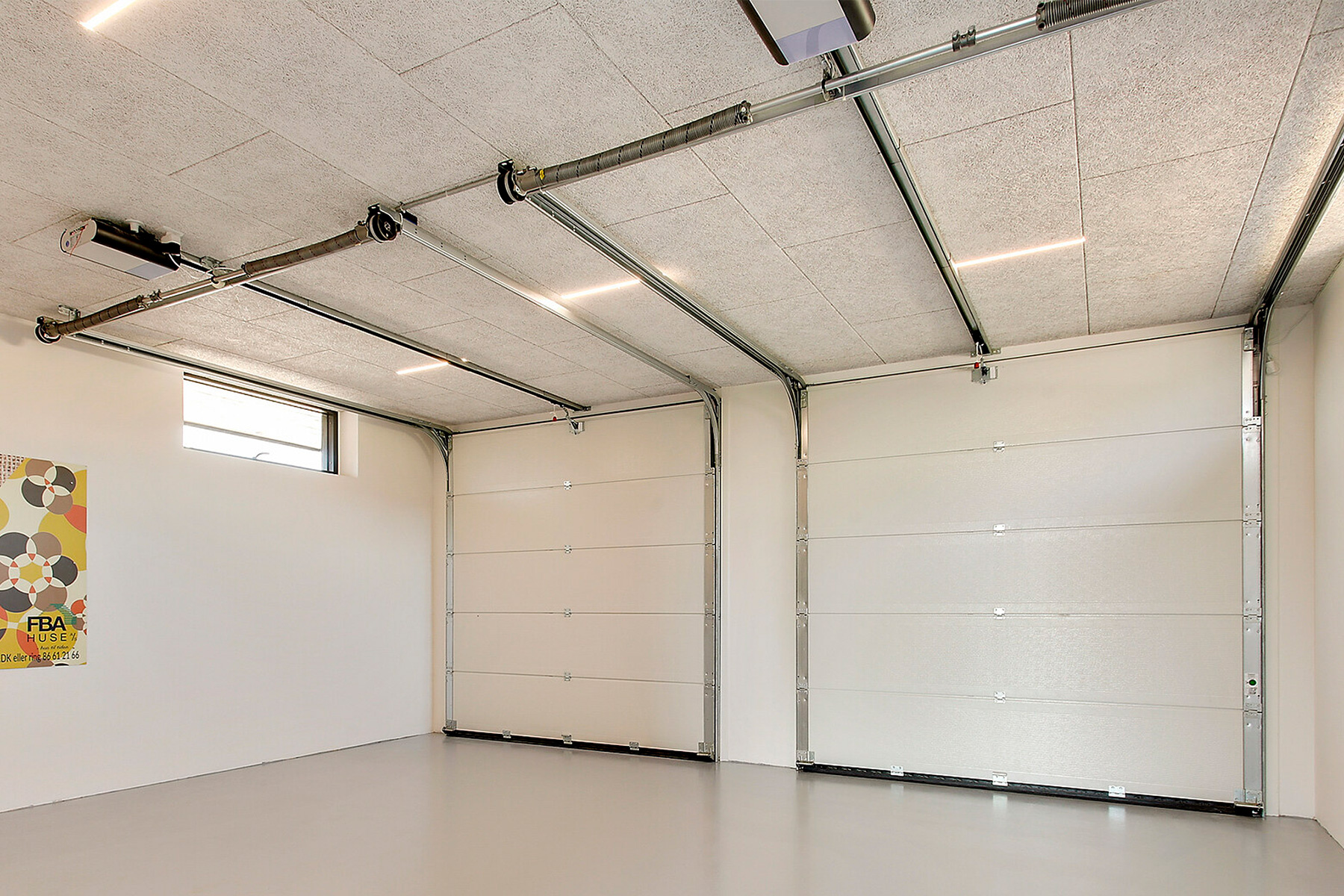 GreenID-Troldtekt-LED-lysskinne-garage