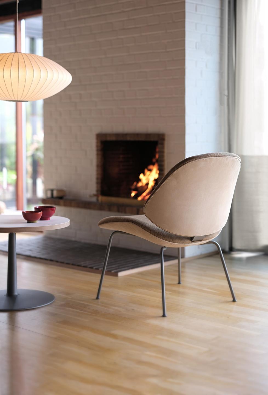 Council_Lounge_Chair_4_Legs_01