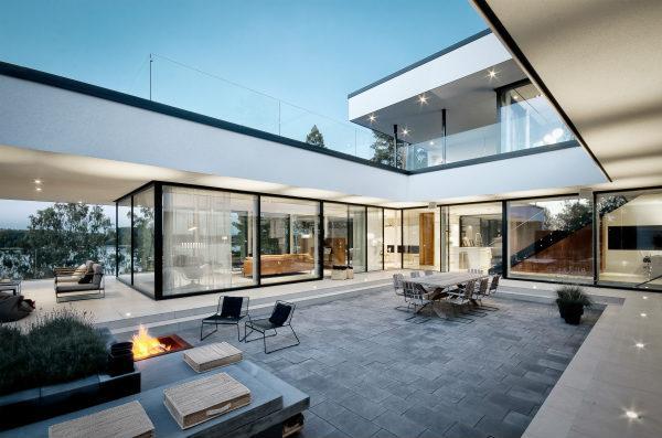Sapa Building System: Skydedøre og store vinduespartier til private boliger